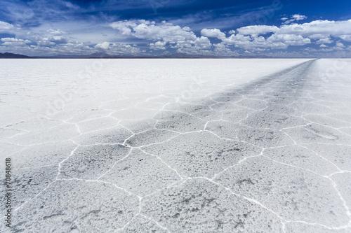Südamerika, Bolivien, Atacama, Altiplano, Salar de Uyuni, Reifenspuren
