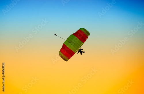 Poster Luchtsport parachute against blue sky