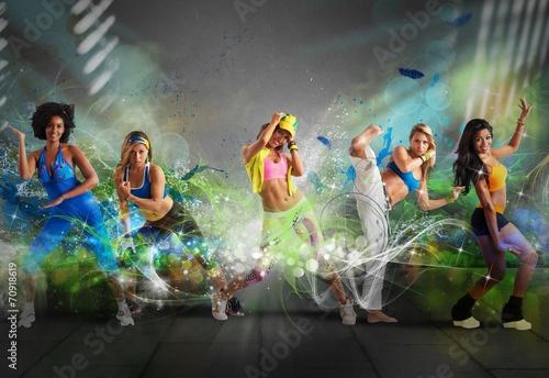 obraz PCV Nowoczesne tancerz zespołu
