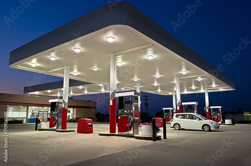 Fotografie, Tablou Gas Station and Convenience Store