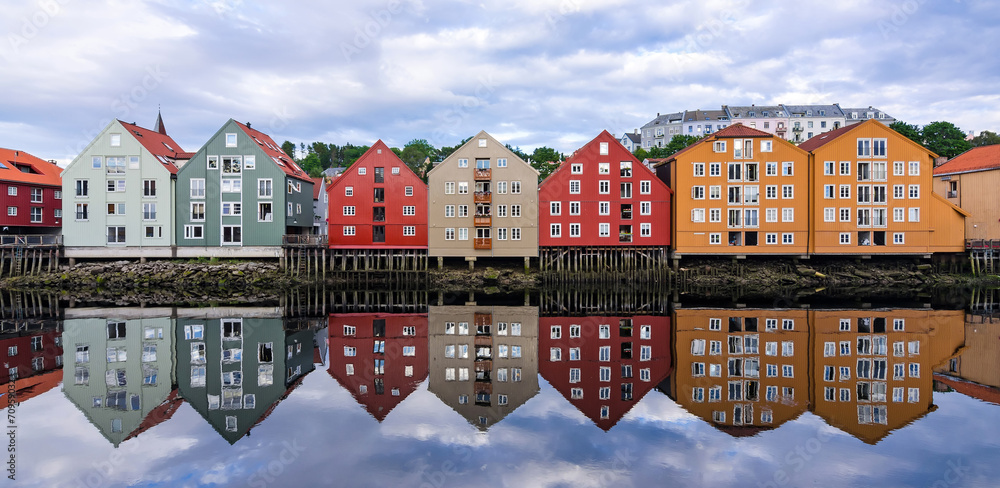 Fototapety, obrazy: Summer panorama landscape of Trondheim city architecture