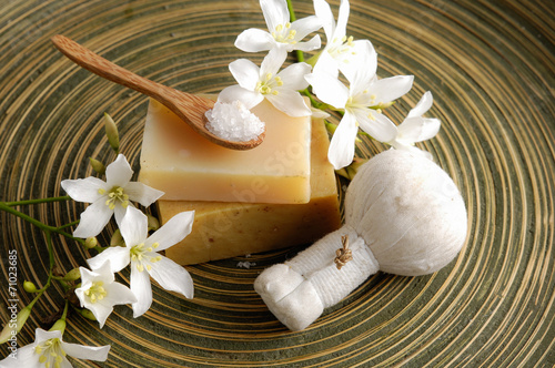 Poster Spa Spa Setting on wooden plate