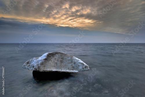 Fotobehang - Morze Bałtyckie,  zimowa kra