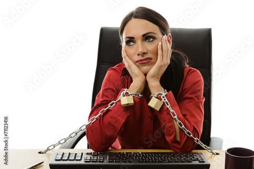 Fotografie, Obraz  chained to work