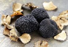 Expensive Rare Black Truffle M...