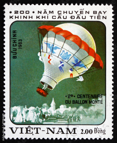 Deurstickers Ballon Postage stamp Vietnam 1983 Hot-air Balloon