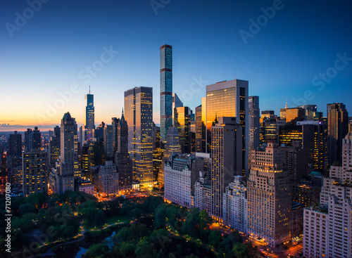 Slika na platnu New York city - sunrise over central park and Manhattan