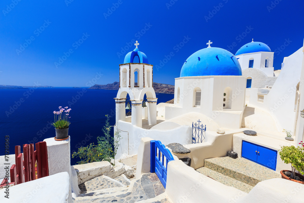 Fototapety, obrazy: The village of Oia in Santorini, Greece