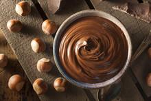 Homemade Chocolate Hazelnut Sp...
