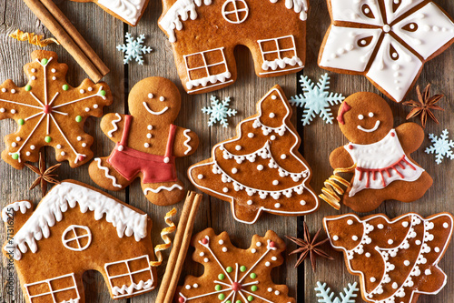 Foto op Canvas Kerstmis Christmas homemade gingerbread cookies