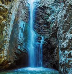 Obraz na SzkleMillomeris Waterfall in Rock Cave, Troodos mountains