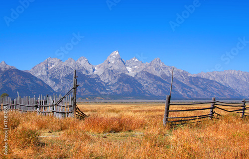 Scenic Grand Tetons national park in autumn time Canvas-taulu