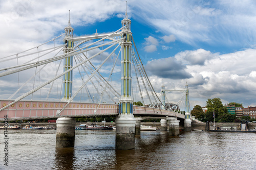 Photo  Albert Bridge in Chelsea, London