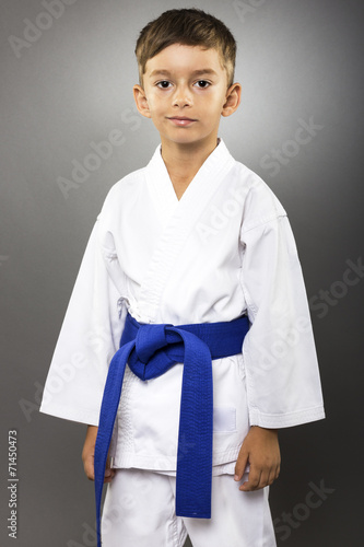 Photo  Portrait of an adorable little boy  in kimono