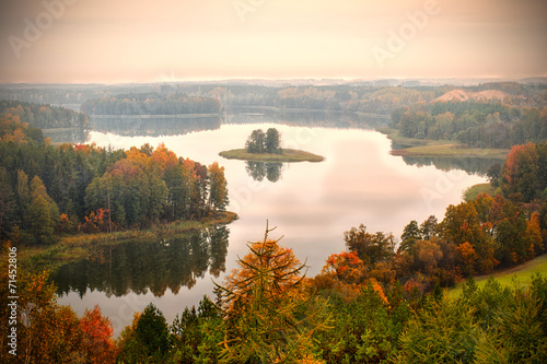 Jedzelwo Lake in autumn. Masuria, Stare Juchy.