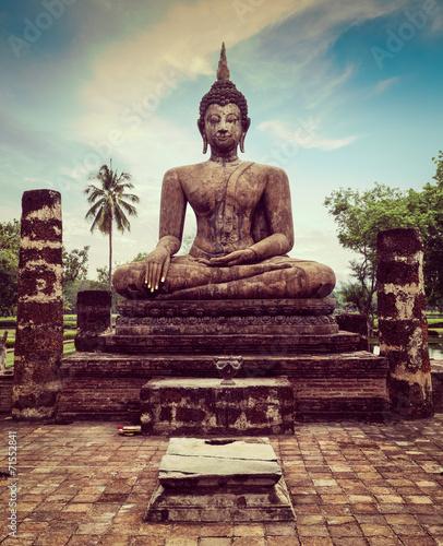 Cuadros en Lienzo Buddha statue hand close up detail