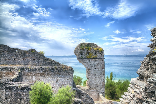 Valokuva  Grotto Catullus at the Lake Garda in Sirmione