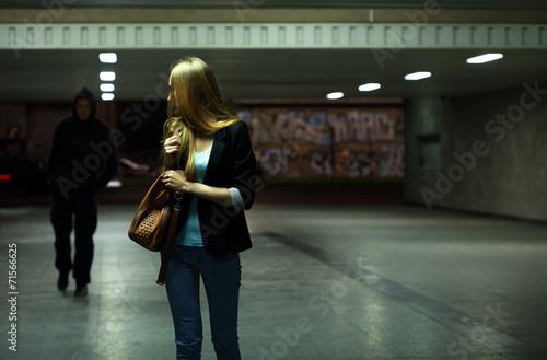 Fotografía  Miedo mujer en el metro
