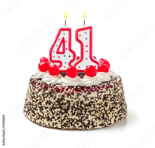 Fotografia  Geburtstagstorte mit brennender Kerze Nummer 41