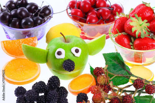 Apfel - Yoda mit Deko-Früchten Poster