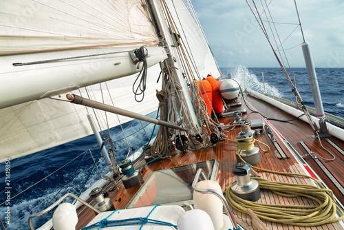 Fotografia  Płyń łódką po oceanie