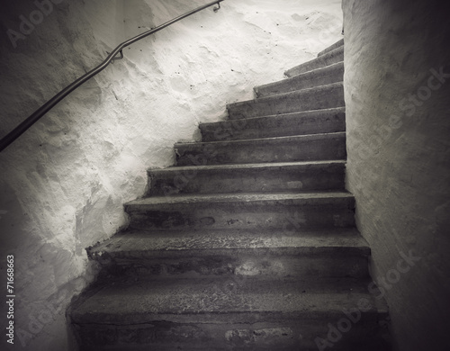 Tuinposter Trappen staircase with spooky light