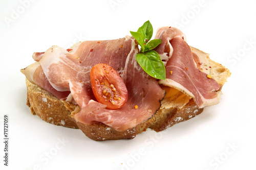 tartine de pain au jambon