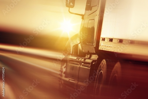 Zdjęcie XXL Koncepcja Biznesowa przewozu ładunków