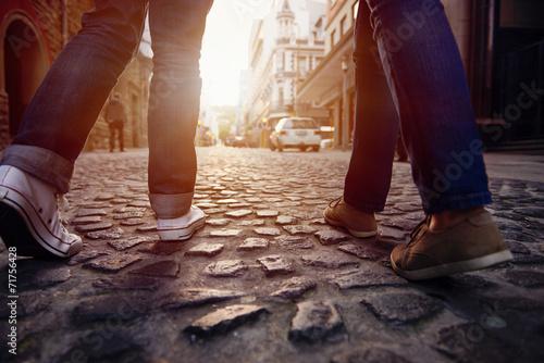 Foto  Gepflasterten Straße zu Fuß
