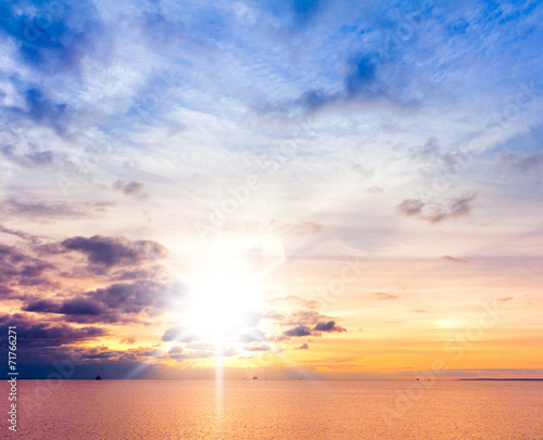 Foto op Plexiglas Landschappen Coast View Glowing