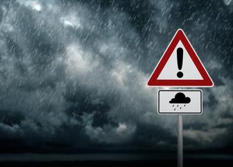 Uwaga - ulewny deszcz