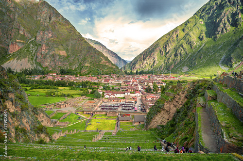 Photo  Ollantaytambo, old Inca fortress in the Sacred Valley in the And