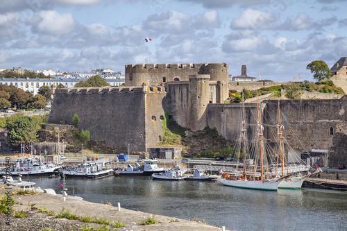 Old castle of city Brest, Brittany, France Fototapete