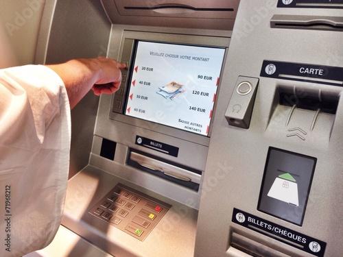Distributeur automatique © Instantvise