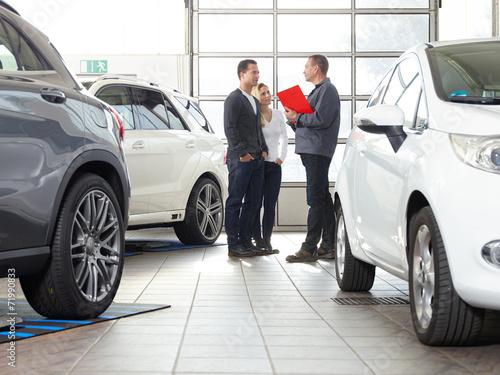 Car dealer sales conversation