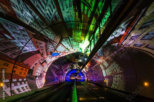 Fotobehang Tunnel Tunnel Modes Doux de la Croix-Rousse