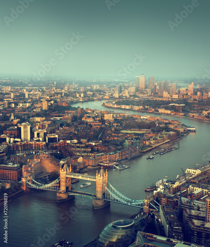 Spoed Fotobehang Londen London aerial view with Tower Bridge in sunset time