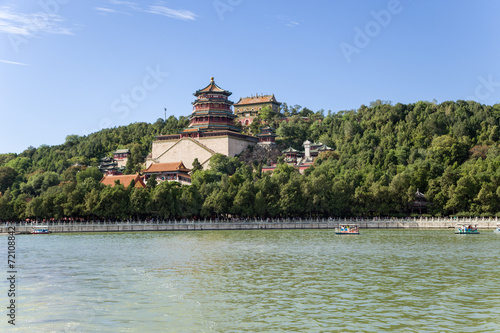 Foto op Aluminium Beijing Beijing. Kunming Lake and Tower of Buddhist Incense - 5