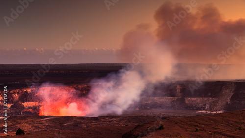 Staande foto Vulkaan Halemaumau Crater Glow