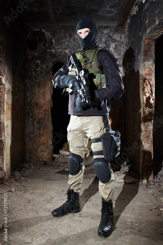 Photo  Special forces operator during night CQB mission