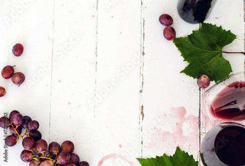 Papiers peints Vin Red wine on the tabble