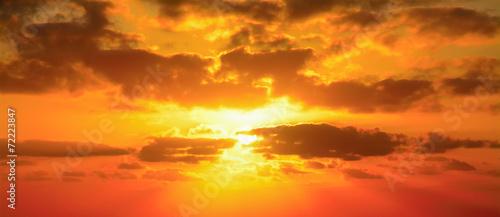 czerwone niebo w Alghero