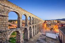 Segovia, Spain Aqueduct At  Plaza Del Azoguejo