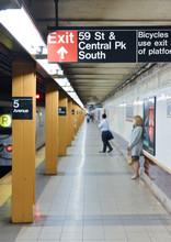 Fifth Avenue Subway Station, N...