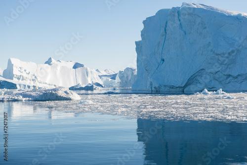 Papiers peints Arctique Beautiful Iceberg