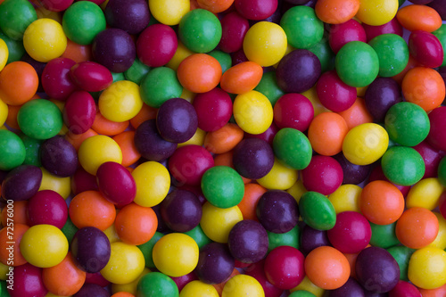 Keuken foto achterwand Snoepjes Background of coated multicolored candy
