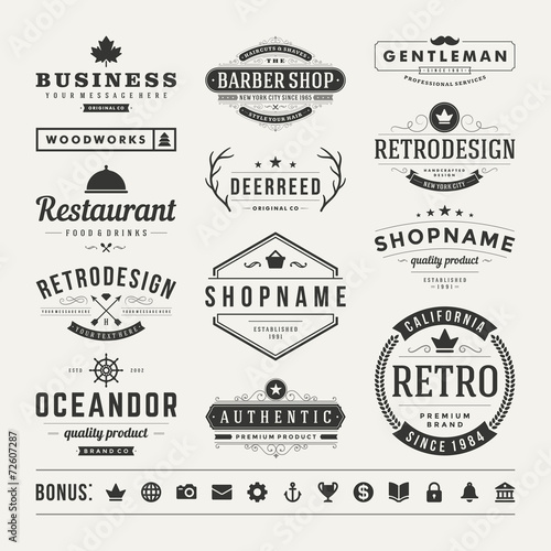 In de dag Retro Retro Vintage Insignias or Logotypes set vector design elements