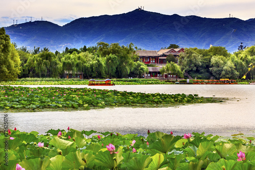 Foto op Aluminium Beijing Lotus Garden Boat Buildings Summer Palace Beijing, China