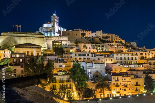 fototapeta na drzwi i meble Ibiza Stare Miasto darta Vila