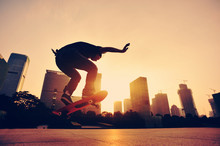 Woman Skateboarder Skateboardi...